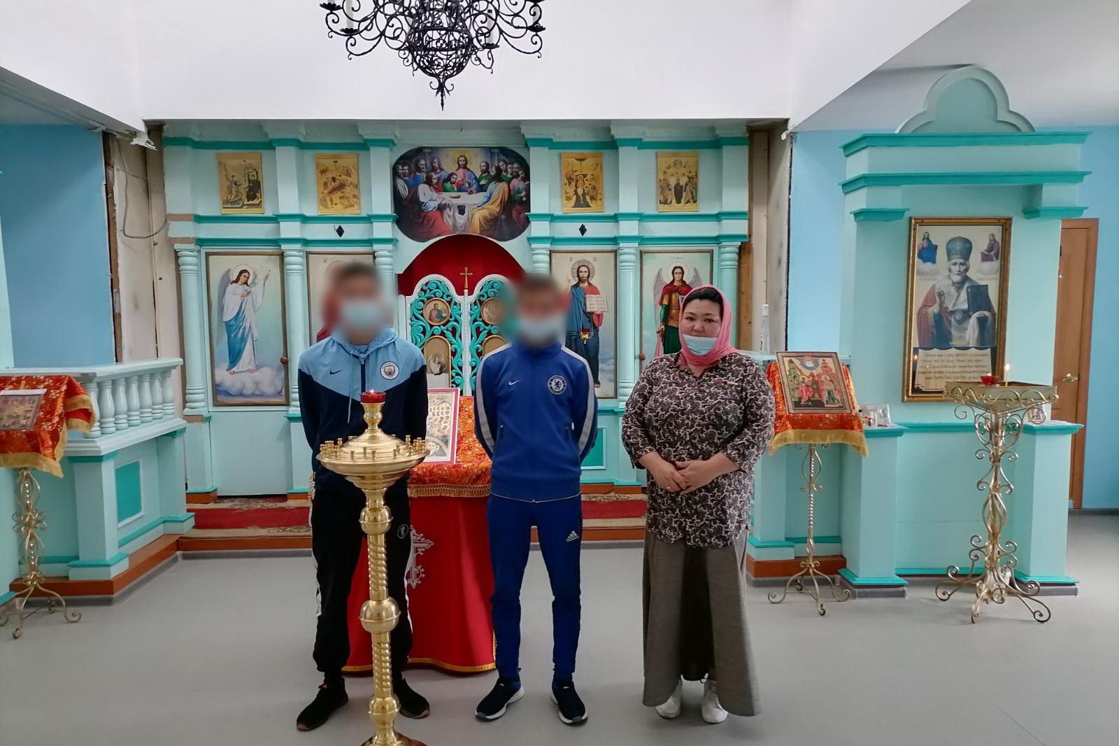 Несовершеннолетних, состоящих на учете в уголовно-исполнительной инспекции, сводили в храм